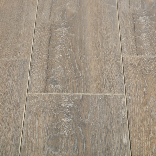 Balterio vitality deluxe chamois oak laminate flooring for Balterio laminate flooring
