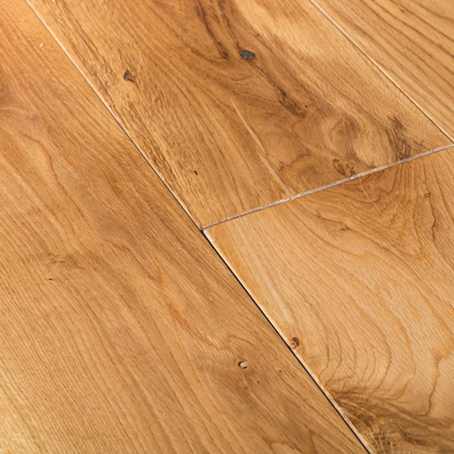 Solid hardwood flooring sale solid lacqured oak for Real wood flooring sale