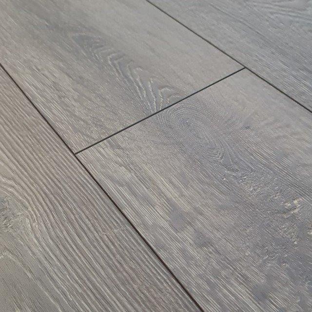 Bionyl Pro 8mm Clayborne Oak 4v, Which Laminate Flooring Is Waterproof