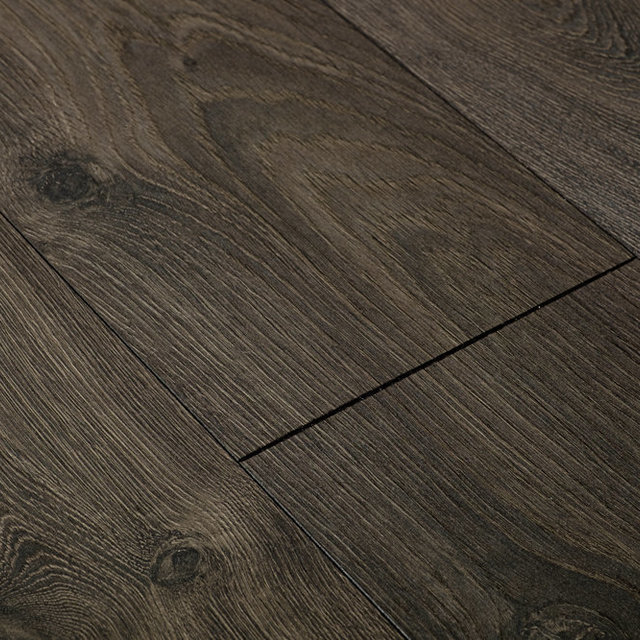 Swiss Chrome Arosa Oak Laminate Flooring