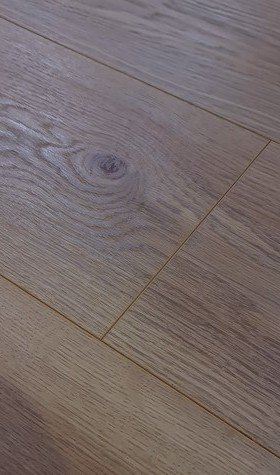 Bionyl Pro Heirloom Oak Waterproof Laminate Flooring