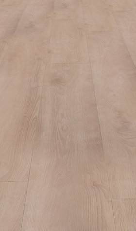 Kronotex Mammut 12mm Macro Oak Light Laminate Flooring